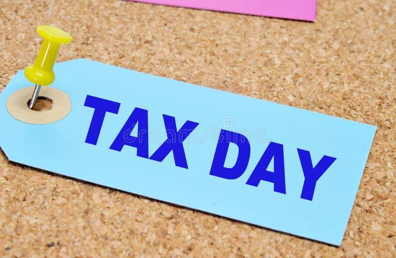 Φορολογική ημέρα στοκ φωτογραφίες με δικαίωμα ελεύθερης χρήσης