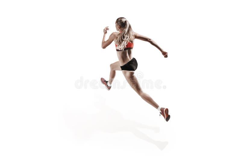 Μια καυκάσια γυναίκα που τρέχει στο άσπρο υπόβαθρο στοκ φωτογραφία με δικαίωμα ελεύθερης χρήσης