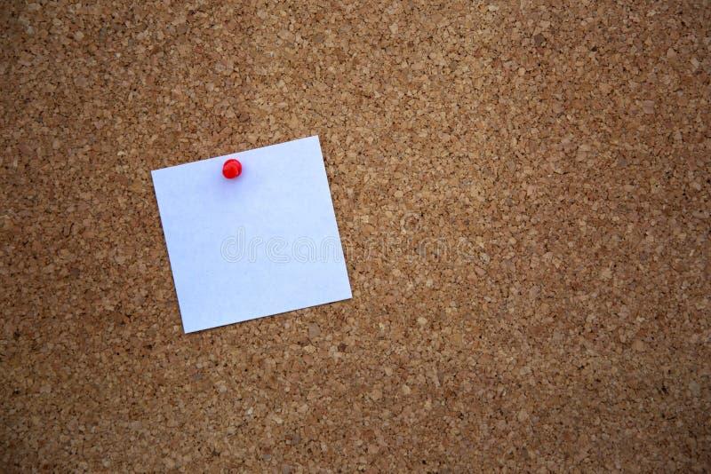 Μια κενή σημείωση για τον πίνακα φελλού στοκ φωτογραφία με δικαίωμα ελεύθερης χρήσης