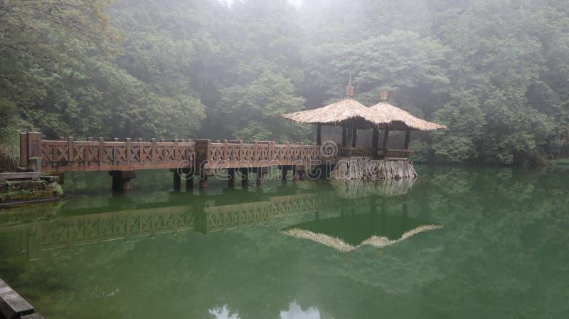 Μια λίμνη ανενόχλητου στοκ φωτογραφίες με δικαίωμα ελεύθερης χρήσης