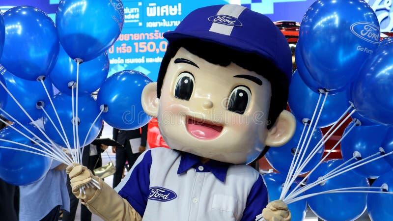 Μια μασκότ της Ford Ταϊλάνδη καλωσορίζει τους επισκέπτες στοκ εικόνα με δικαίωμα ελεύθερης χρήσης