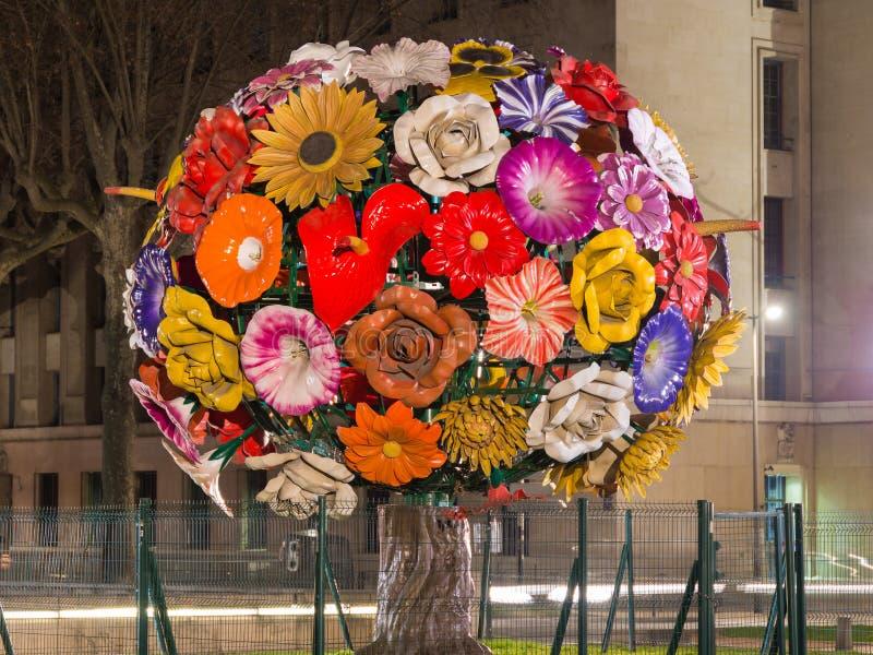 Μια μεγάλη ανθοδέσμη των λουλουδιών στοκ εικόνα με δικαίωμα ελεύθερης χρήσης