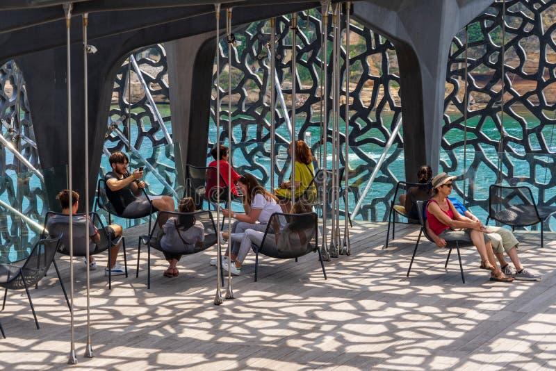Μια μικρή διακοπή στη σύγχρονη δομή του μουσείου Mucem στοκ εικόνες με δικαίωμα ελεύθερης χρήσης