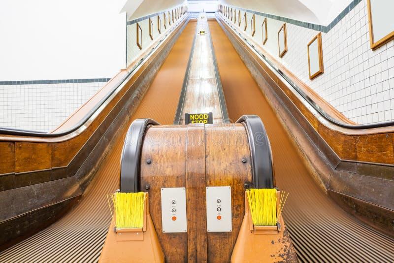 Μια ξύλινη κυλιόμενη σκάλα στοκ φωτογραφία
