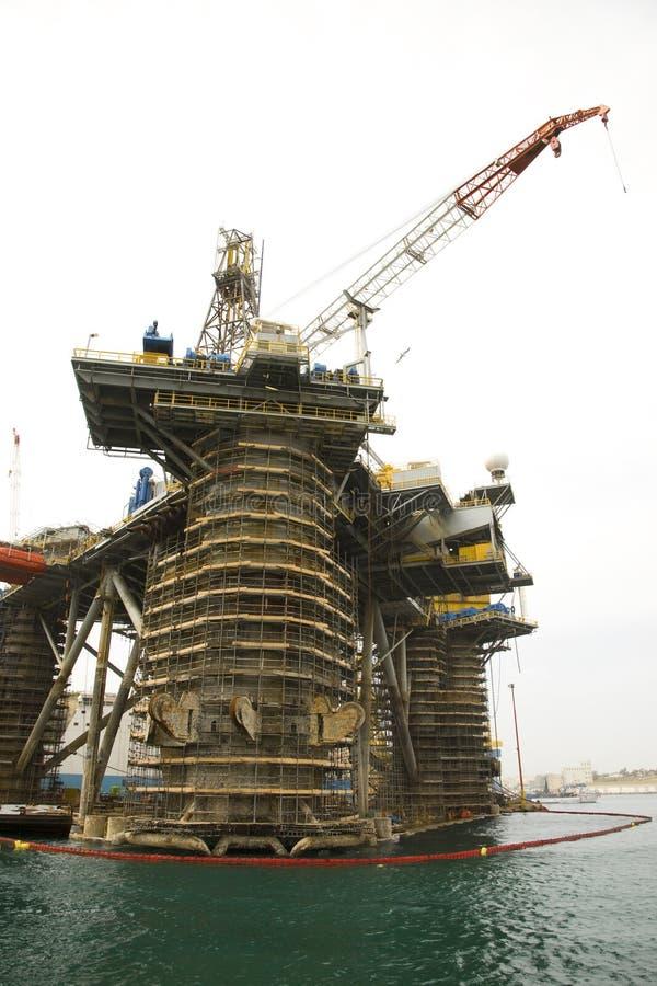 Επισκευές πλατφορμών άντλησης πετρελαίου στοκ φωτογραφίες με δικαίωμα ελεύθερης χρήσης