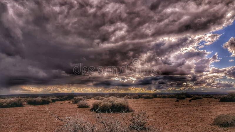 Μια δραματική θύελλα ερήμων στοκ φωτογραφία με δικαίωμα ελεύθερης χρήσης