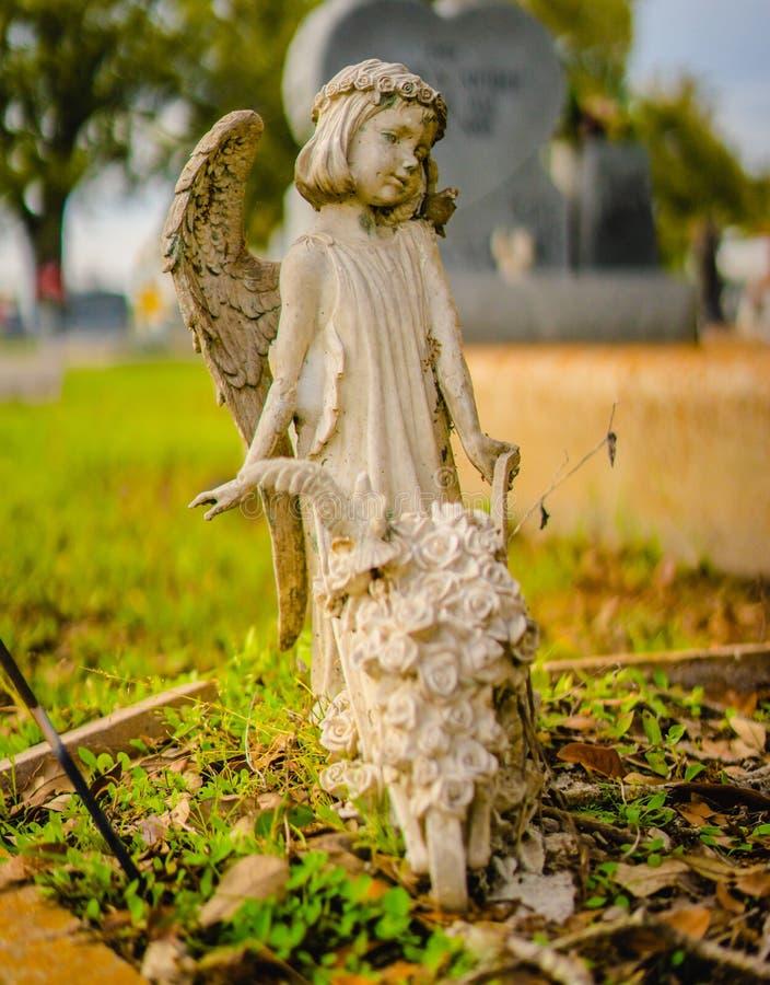Μια σοβαρή διακόσμηση ή ένα σοβαρό άγαλμα στοκ εικόνα