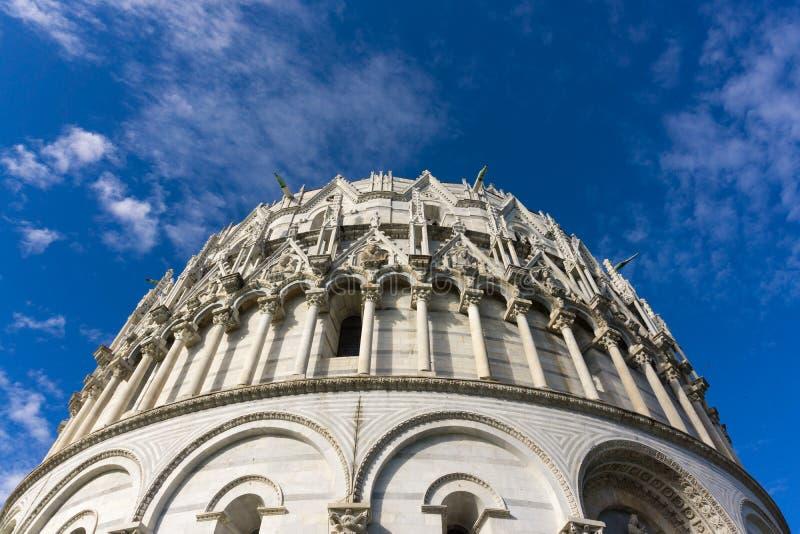 Μια όμορφη άποψη της Πίζας Baptistey από το μισό στην κορυφή στοκ φωτογραφία με δικαίωμα ελεύθερης χρήσης