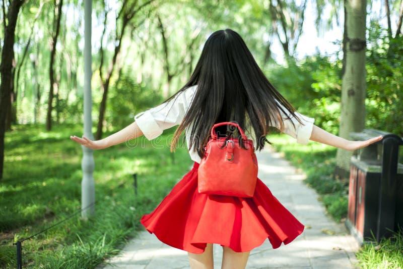 Μια όμορφη ασιατική πλάτη κοριτσιών στοκ εικόνες με δικαίωμα ελεύθερης χρήσης