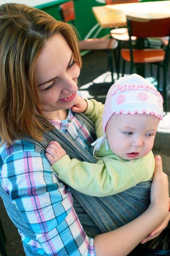 μικρές γυναίκες παιδιών κ&a στοκ φωτογραφία με δικαίωμα ελεύθερης χρήσης