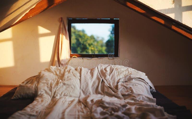 Μικρές λεπτομέρειες δωματίων σοφιτών στοκ φωτογραφίες με δικαίωμα ελεύθερης χρήσης