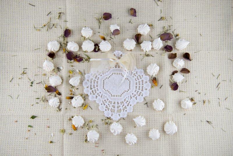 Μικρή διακοσμημένη μαρέγκα στοκ εικόνες με δικαίωμα ελεύθερης χρήσης
