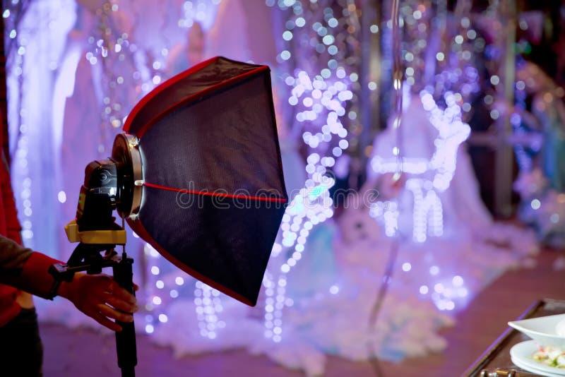 Μικρή κβαντική λάμψη s-Lite διασκορπιστών φ μαλακός-κιβωτίων Επαγγελματίας 40cm άκαμπτο γρήγορο δίπλωμα Softbox για τη λάμψη Spee στοκ φωτογραφία με δικαίωμα ελεύθερης χρήσης