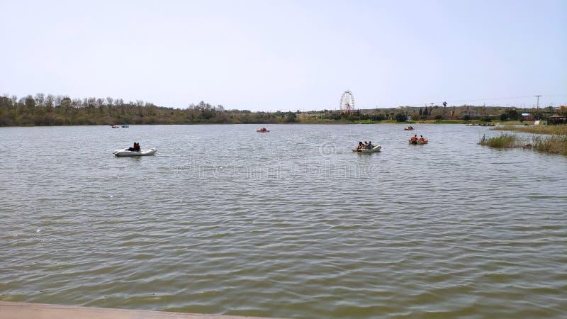 Μικρή λίμνη στο κεντρικό Ισραήλ στοκ εικόνα με δικαίωμα ελεύθερης χρήσης