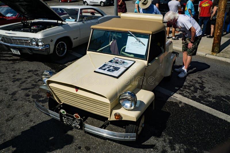 1960 μικροσκοπικό αυτοκίνητο μικροϋπολογιστών βασιλιάδων στοκ φωτογραφίες