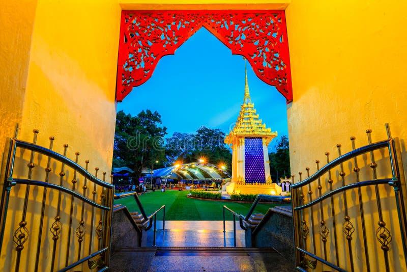 μικρό βασιλικό κρεματόριο για το βασιλιά περασμάτων της Ταϊλάνδης στοκ εικόνα με δικαίωμα ελεύθερης χρήσης