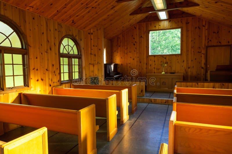 Μικρό εσωτερικό παρεκκλησιών στοκ φωτογραφία