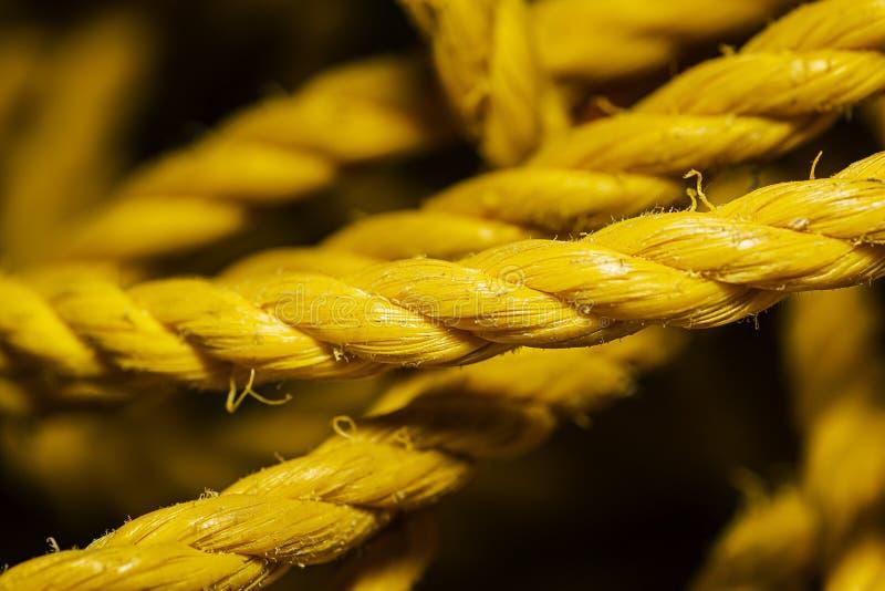 Μικρό κίτρινο νάιλον σχοινί στοκ φωτογραφία με δικαίωμα ελεύθερης χρήσης