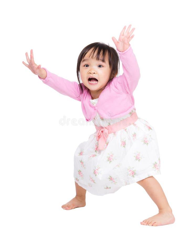 Μικρό κορίτσι της Ασίας που αισθάνεται τρομακτικό στοκ εικόνα με δικαίωμα ελεύθερης χρήσης