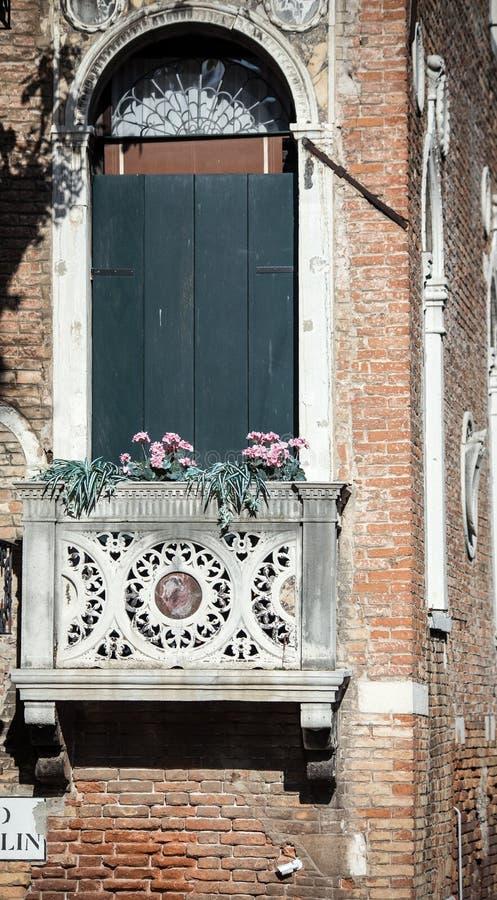 Μικρό μπαλκόνι Βενετία στοκ φωτογραφίες