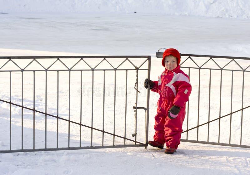 μικρό παιδί πυλών στοκ εικόνα με δικαίωμα ελεύθερης χρήσης