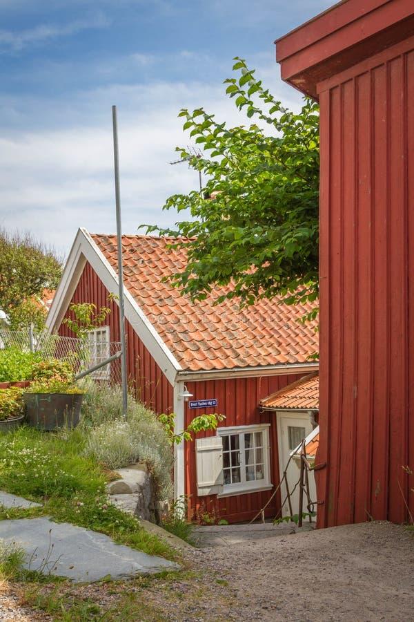 Μικρό σπίτι στο χωριό Smögen στη σουηδική δυτική ακτή στοκ φωτογραφία με δικαίωμα ελεύθερης χρήσης