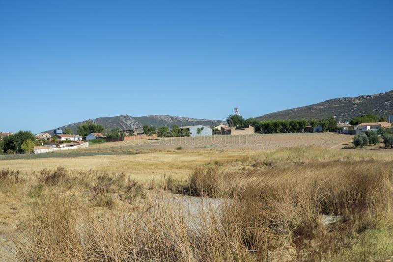 Μικρό χωριουδάκι στο Λα Mancha, Ισπανία στοκ φωτογραφίες