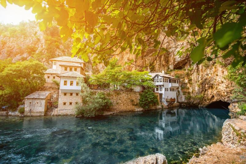 Μικρό χωριό Blagaj στην άνοιξη Buna στοκ φωτογραφία με δικαίωμα ελεύθερης χρήσης