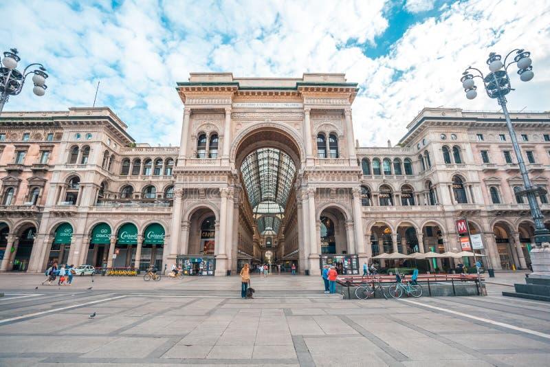 Μιλάνο, Ιταλία - 25 06 2018: Είσοδος σε Galleria Vittorio Emanuel στοκ φωτογραφία