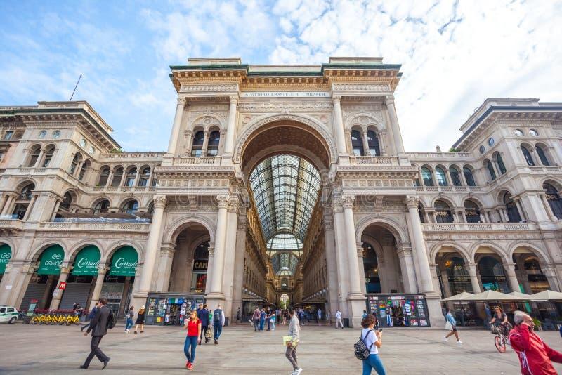 Μιλάνο, Ιταλία - 25 06 2018: Είσοδος σε Galleria Vittorio Emanuel στοκ εικόνα με δικαίωμα ελεύθερης χρήσης