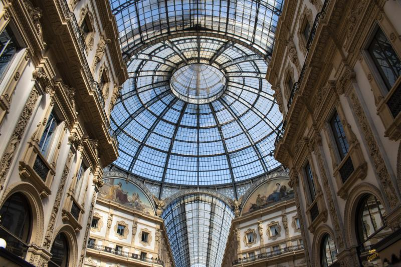 Μιλάνο, Ιταλία, Ευρώπη, στοά, Galleria Vittorio Emanuele ΙΙ, αγορές, λεωφόρος, αρχιτεκτονική, ανώτατο όριο, Victor Emmanuel ΙΙ το στοκ φωτογραφία