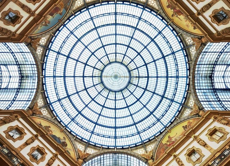 Μιλάνο, Galleria Vittorio Emanuele ΙΙ, θόλος στοκ εικόνες