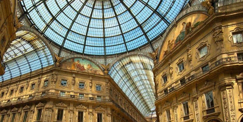 Μιλάνο - Vittorio Emanuele ΙΙ στοά - Ιταλία στοκ εικόνες