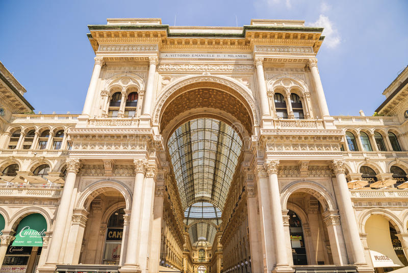 ΜΙΛΑΝΟ, ΙΤΑΛΙΑ - 13-05-2017: Galleria Vittorio Emanuele ΙΙ σε Mila στοκ εικόνα