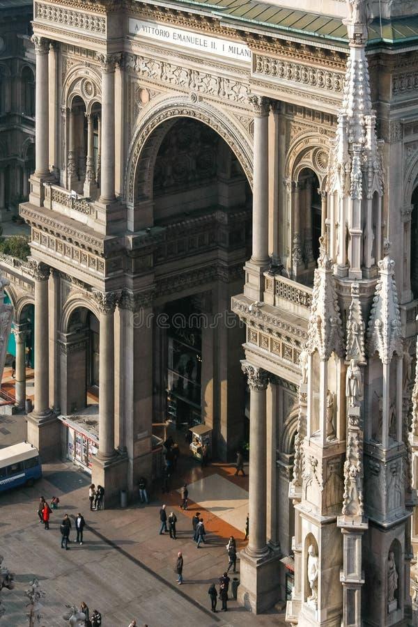 ΜΙΛΑΝΟ, ITALY/EUROPE - 23 ΦΕΒΡΟΥΑΡΊΟΥ: Άποψη από Duomo προς στοκ φωτογραφίες με δικαίωμα ελεύθερης χρήσης