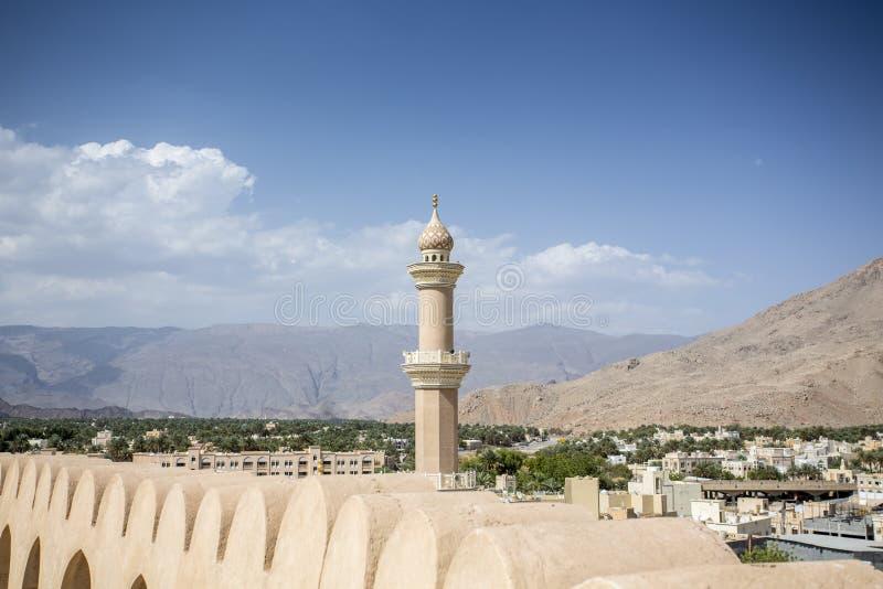 Μιναρές του μουσουλμανικού τεμένους Nizwa στοκ φωτογραφίες