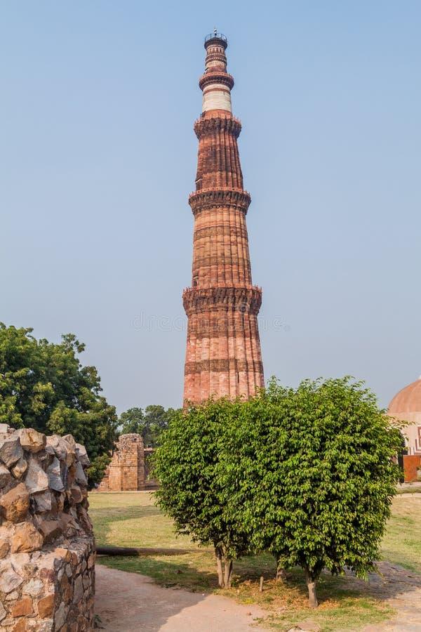 Μιναρές Minar Qutub στο Δελχί, Indi στοκ φωτογραφία