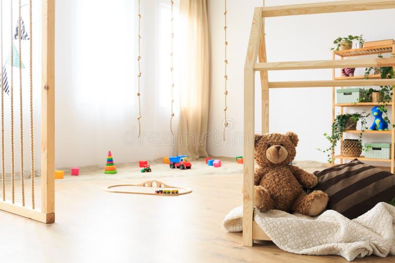 Μινιμαλιστικό ethereal δωμάτιο παιδιών στοκ εικόνα με δικαίωμα ελεύθερης χρήσης