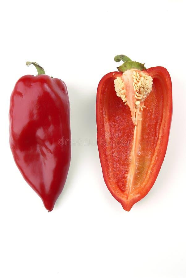 μισός κόκκινο πιπεριών στοκ φωτογραφία με δικαίωμα ελεύθερης χρήσης