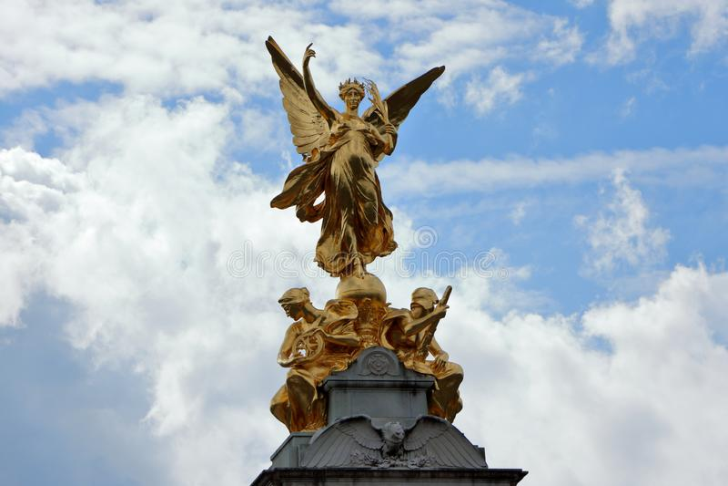 Μνημείο Βικτώριας ο χρυσός κύκλος στοκ εικόνες με δικαίωμα ελεύθερης χρήσης