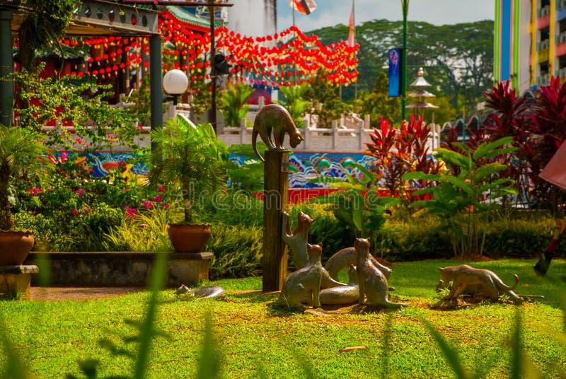Μνημείο γατών στο στο κέντρο της πόλης Kuching, Sarawak Μαλαισία στοκ εικόνες