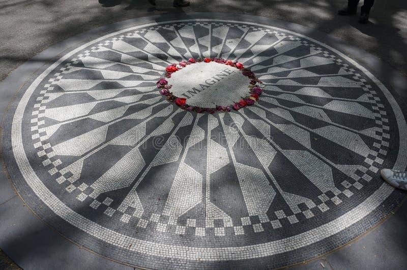 Μνημείο μωσαϊκών της Strawberry Fields στη Νέα Υόρκη στοκ εικόνες