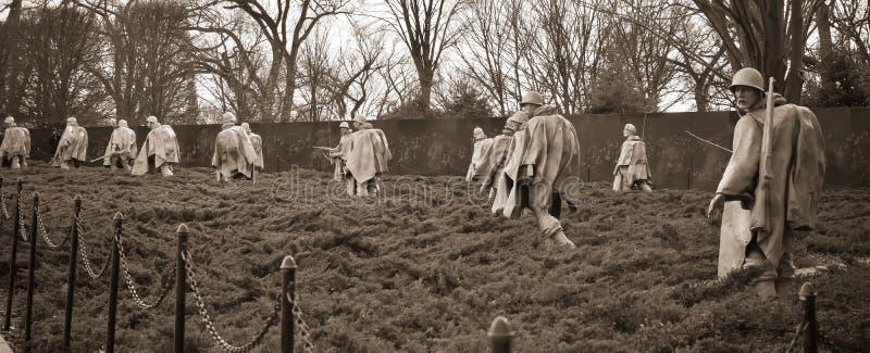 Μνημείο παλαιμάχων Πολέμων της Κορέας στην Ουάσιγκτον, συνεχές ρεύμα, ΗΠΑ Έκδοση σεπιών του πυροβολισμού στοκ φωτογραφίες