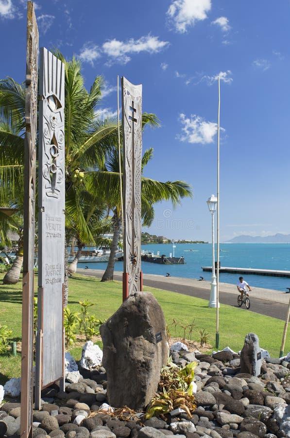 Μνημείο στην πυρηνική δοκιμή Jardins de Paofai, Pape'ete, Ταϊτή, γαλλική Πολυνησία στοκ εικόνα