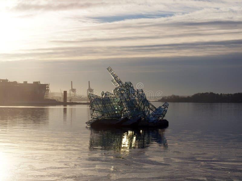 Μνημείο στο νερό στοκ εικόνα