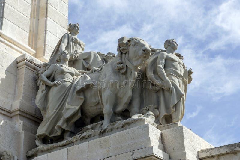 Μνημείο στο σύνταγμα 1812, διακοσμητική λεπτομέρεια στοκ φωτογραφία με δικαίωμα ελεύθερης χρήσης