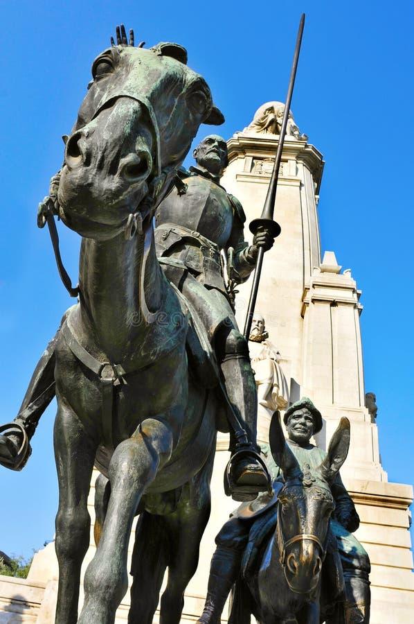 Μνημείο στο Miguel de Θερβάντες Plaza de Espana στη Μαδρίτη, SP στοκ εικόνες με δικαίωμα ελεύθερης χρήσης
