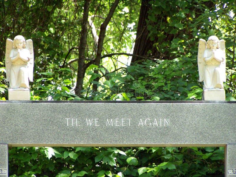 Download μνημείο ταφοπέτρων στοκ εικόνα. εικόνα από γλυπτά, θλίψη - 123083