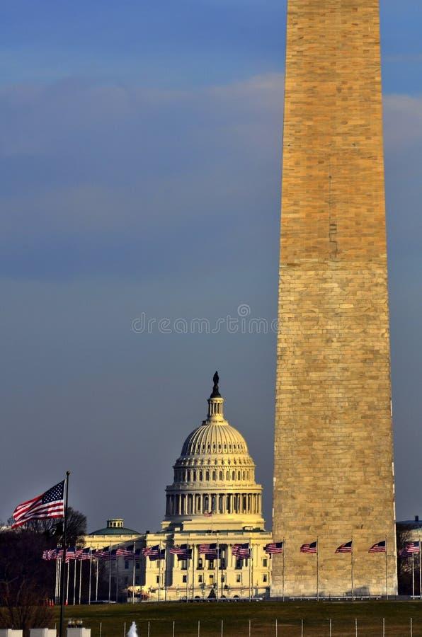 Μνημείο της Ουάσιγκτον και αμερικανικό Capitol κτήριο στοκ φωτογραφίες με δικαίωμα ελεύθερης χρήσης