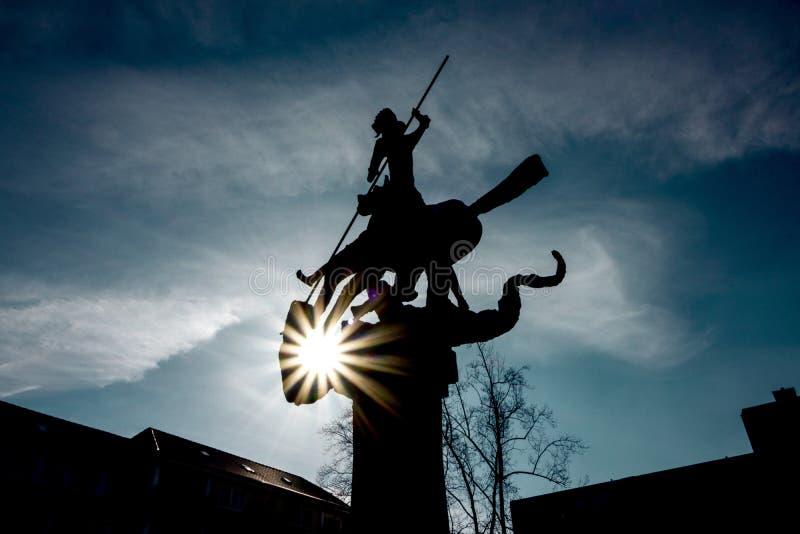 Μνημείο Dragonslayer στη Γερμανία/Hattingen στοκ φωτογραφίες